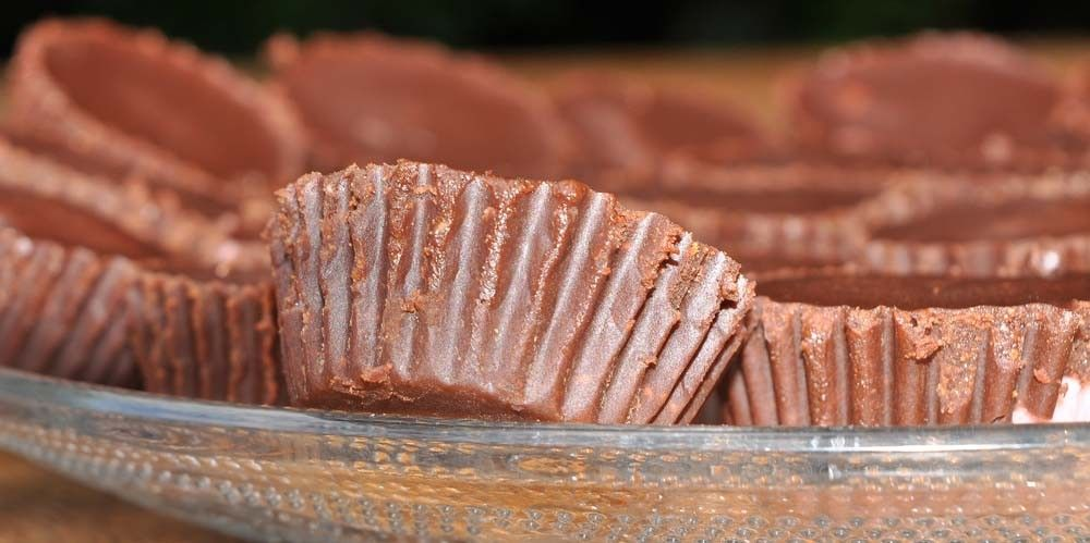 Strawberry-Cheesecake-Chocolate-Cups