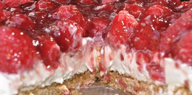 Raspberry and Vanilla Cheesecake