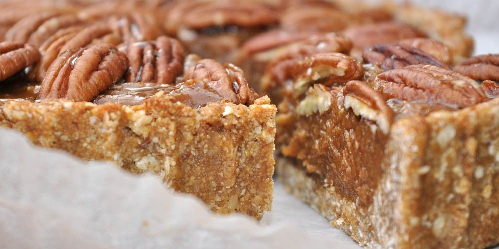 Healthy Thanksgiving Pecan Pie
