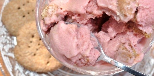 Super Simple Strawberry Cheesecake Ice Cream