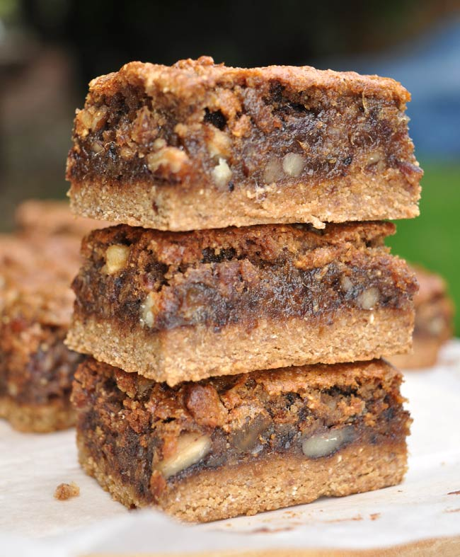Caramel-Date-And-Walnut-Slice-0005
