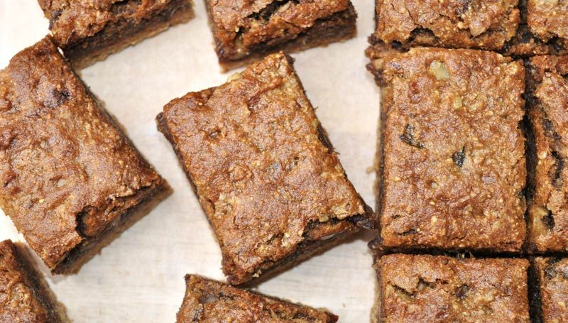 Caramel-Date-And-Walnut-Slice-0006