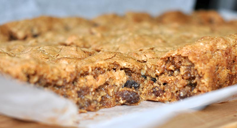 Lemon Sultana And Oat Cookie Slice