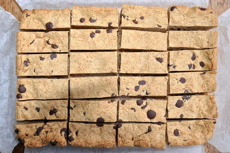 Peanut Butter Shortbread with Chocolate Drops