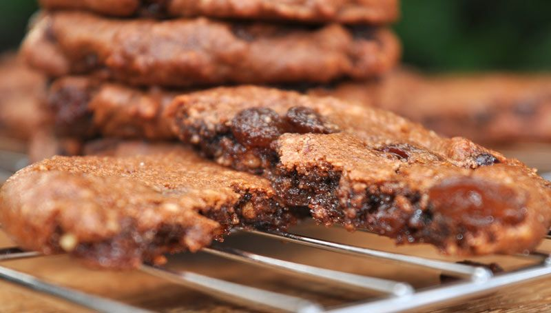Chocolate-Hazelnut-and-Raisin-Cookies-0006