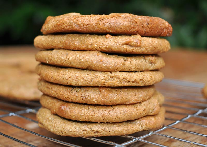 cashew-nut-coffee-walnut-cookies-0004