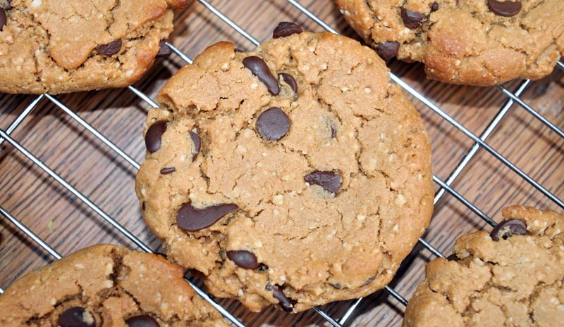Flourless-Chocolate-Chip-Cookies-0003
