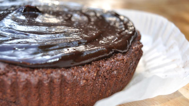 Rich-Avocado-Chocolate-Cake-0003