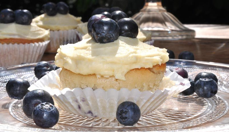 Lemon and Blueberry Cupcakes 0005