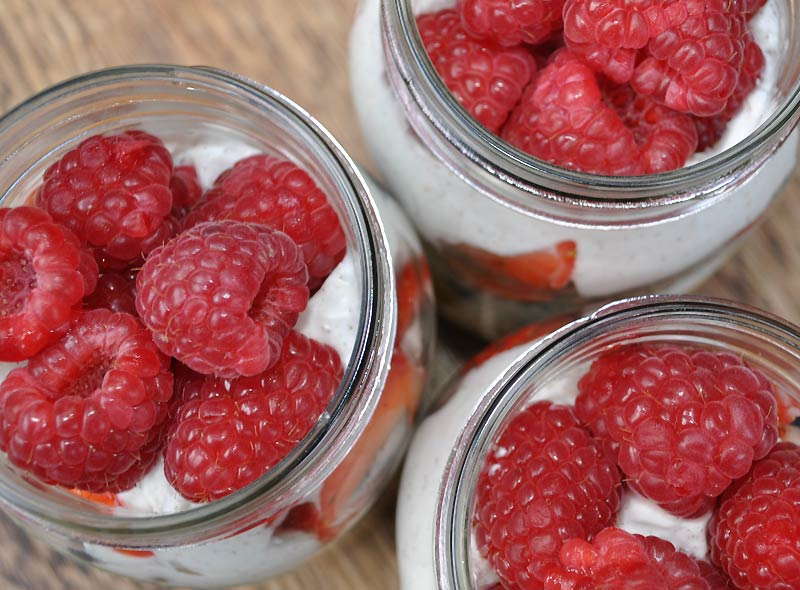 COYO-Fruit-Salad-in-a-Jar-0009