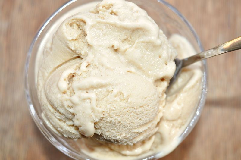 Super-Yummy-Peanut-Butter-Ice-Cream-0003