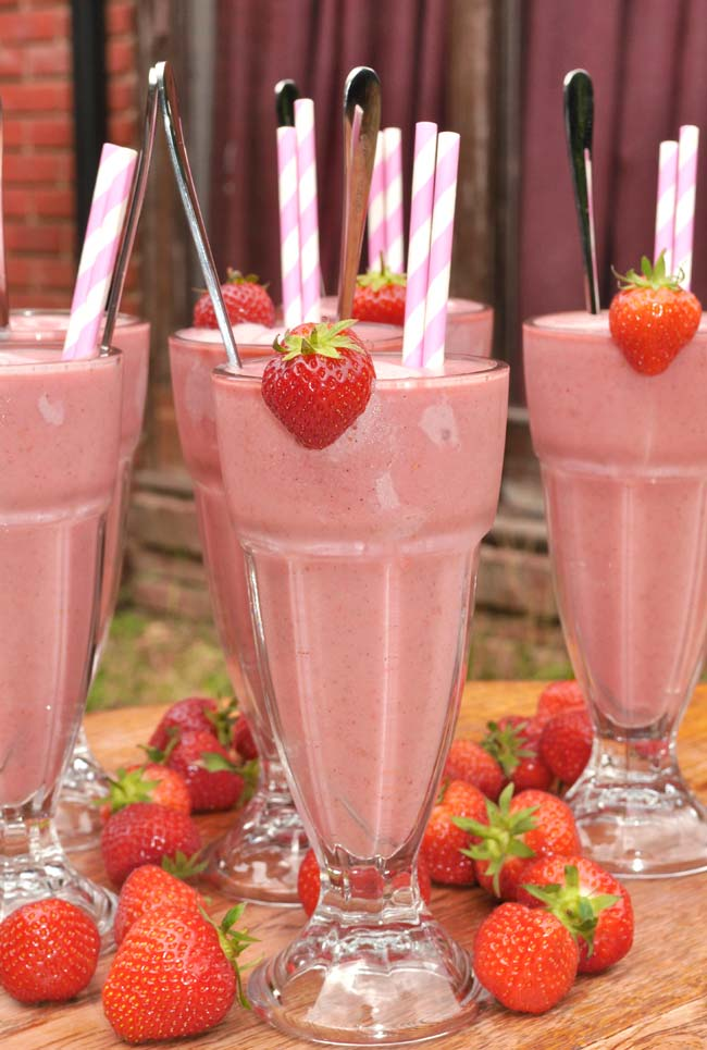 strawberry-ice-cream-soda-0008